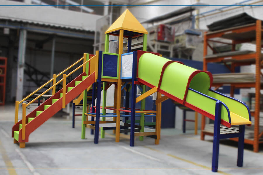 parque-acuatico-en-plastico-polipropileno-de-alto-impacto-resistente-de-varios-colores-fabricado-por-maderplas